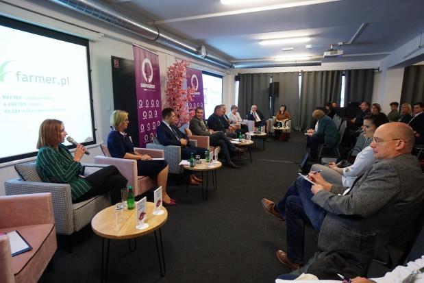 Konferencja Sady i Ogrody: Pięć lat po wprowadzeniu embarga sytuacja branży jest bardzo trudna (zdjęcia)