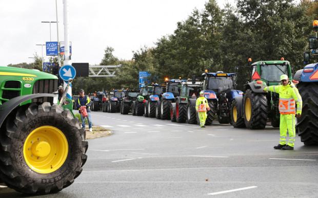 Irlandia: Protest rolników - zablokowali traktorami centrum Dublina
