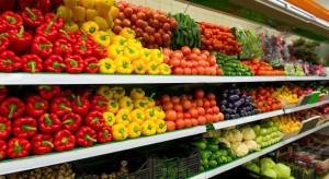 Inspekcja handlowa kontroluje sklepy. Warzywa i owoce są źle oznaczane