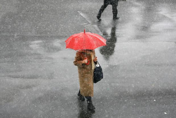 Najbliższe dni upłyną pod znakiem opadów deszczu i deszczu ze śniegiem
