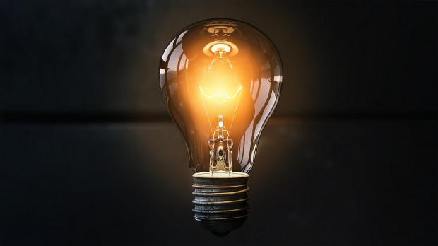 Sasin: Wzrost cen prądu dla odbiorców indywidualnych zrekompensujemy w 2021 r.