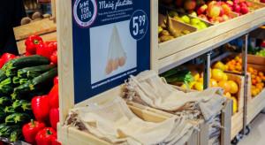Carrefour wprowadza wielorazowe woreczki na warzywa i owoce