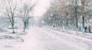 IMGW ostrzega: Intensywne opady śniegu, oblodzenie, zawieje i zamiecie śnieżne