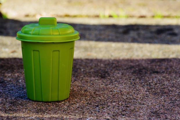 Nowe regulacje gospodarowania odpadami mogą zaszkodzić rolnikom