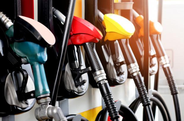 Na stacjach benzynowych najtaniej od ponad roku