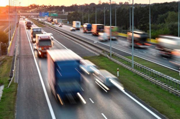 Minister infrastruktury: dostawy towarów do Polski są niezagrożone