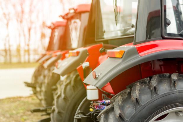 Rynek maszyn: Niewielki spadek rejestracji nowych ciągników w kwietniu