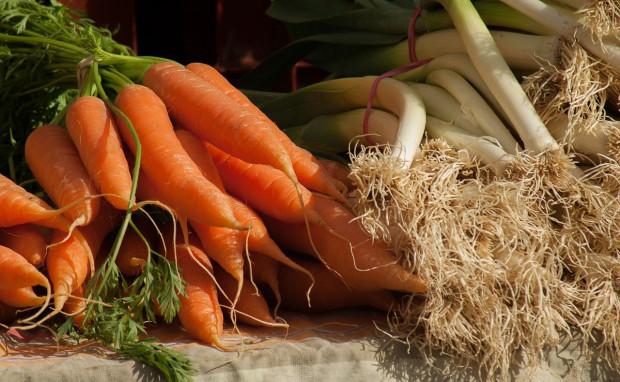 Coraz więcej krajowych warzyw na rynku – jakie ceny?