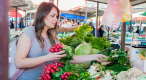 Młode, polskie warzywa i owoce są droższe niż przed rokiem