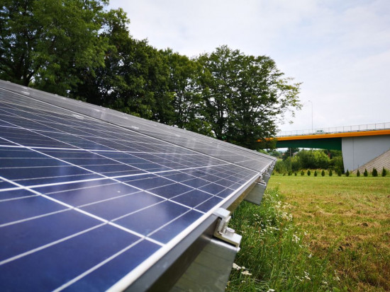 Ministerstwo Klimatu: z OZE w Polsce pozyskujemy 10 GW mocy