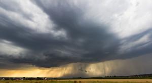 IMGW: ostrzeżenie przed burzami z gradem dla dziewięciu województw