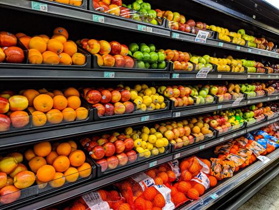 GUS: Owoce drożeją najmocniej