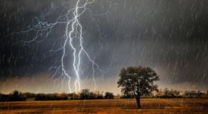 IMGW ostrzega: burze z gradem na wschodzie Polski