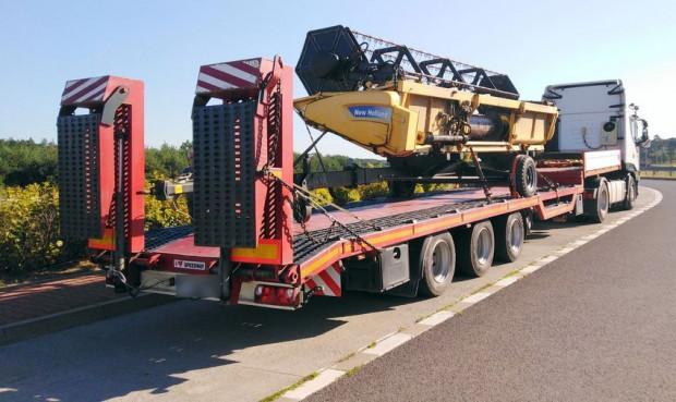 Wykryto nieprawidłowości podczas transportu maszyn rolniczych
