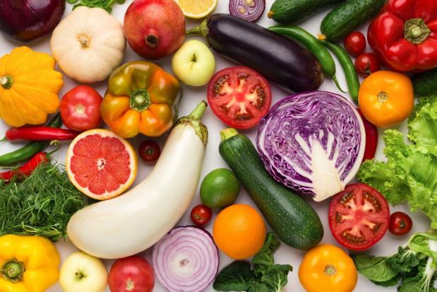 Ekspert: Podstawą zdrowia dzieci jest jedzenie warzyw i owoców