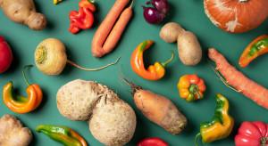 USA: Przez pandemię wzrosło zainteresowanie nieperfekcyjnymi warzywami i owocami