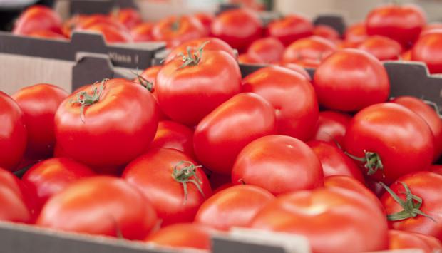 Rosselchoznadzor zakazuje importu pomidorów i papryki z dwóch regionów Białorusi