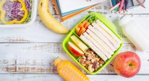 Dzieciom najlepiej smakują marchewki i jabłka (badanie)