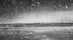 IMGW ostrzega przed intensywnym deszczem w południowo-wschodniej Polsce