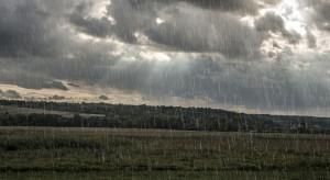 Pogoda na czwartek: Zachmurzenie umiarkowane, przelotne opady deszczu