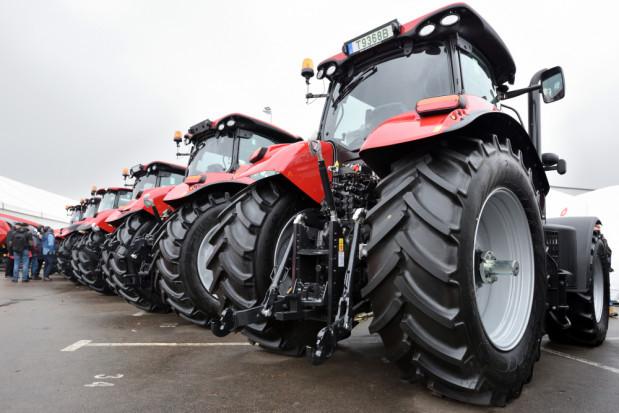 Sprzedaż nowych traktorów we wrześniu na wyższym poziomie niż rok temu