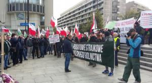 Na drogach rozpoczęły się rolnicze protesty