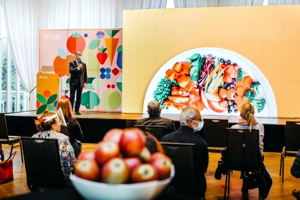 Światowy Dzień Owoców i Warzyw pod znakiem upowszechniania zdrowego jedzenia i integracji sektora (foto +wideo)