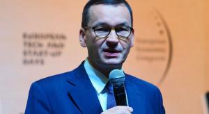 Premier Morawiecki: cała Polska od soboty strefą czerwoną