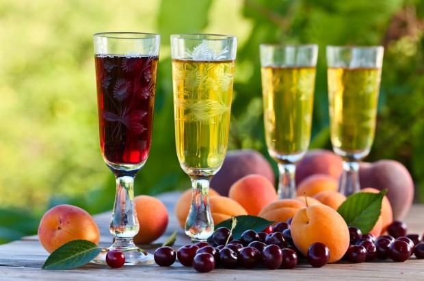 Produkcja win owocowych we wrześniu 2020 roku wzrosła o 1,6 proc. rdr