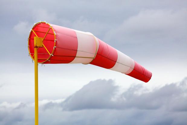 IMGW: ostrzeżenie przed silnym wiatrem dla czterech województw