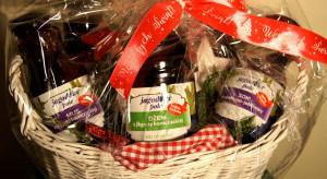 Dżemy i soki z owoców pomysłem na zdrowy prezent pod choinkę