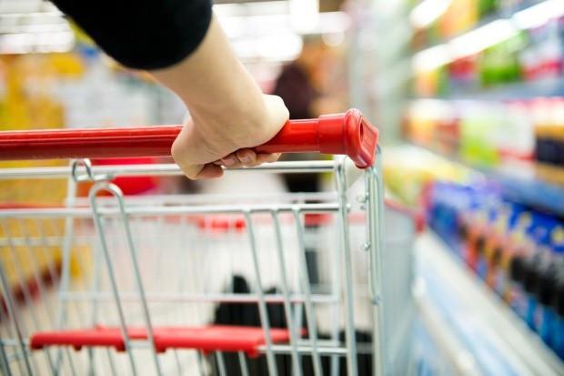 Analiza: koszyk produktów na święta może być się tańszy niż przed rokiem