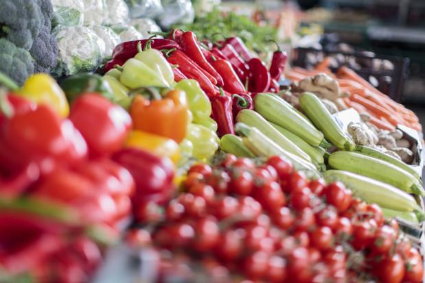 Bronisze: duża podaż warzyw, ceny jak w ubiegłym roku