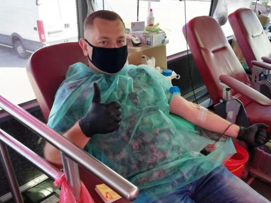 Rynek Hurtowy Bronisze zachęca sadowników do oddawania krwi