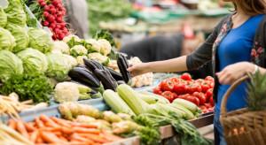 Ukraina: Drożeje żywność, ceny warzyw wyższe o 25 proc.