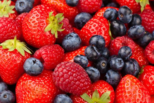 Hiszpania: Spadają ceny truskawek i malin, drożeją borówki