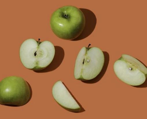 Jabłko najchętniej spożywanym owocem w styczniu i lutym