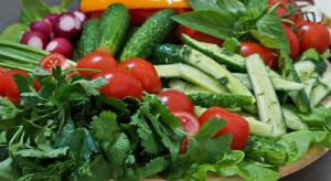 Trzeba promować owoce i warzywa jako dietetyczną przyjemność