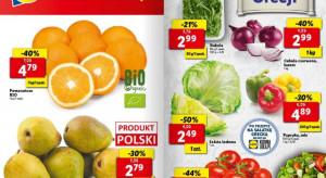 Biedronka ściga się na ceny ziemniaków. Lidl przecenia gruszki
