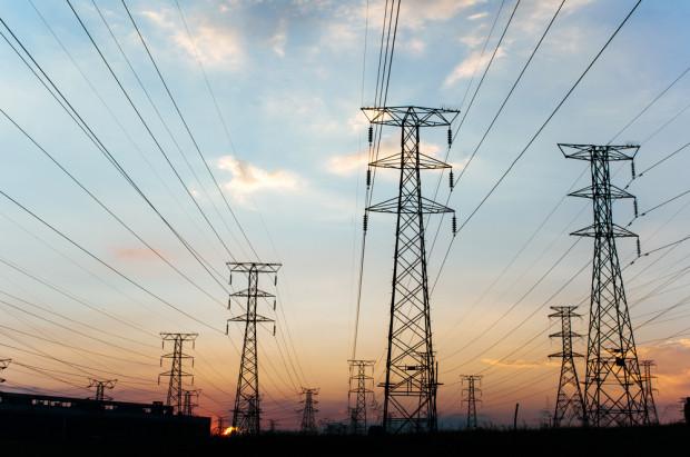 Müller: nie pracujemy nad projektem rekompensat za podwyżki cen prądu