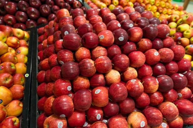 Hiszpanie kupują więcej jabłek krajowej produkcji