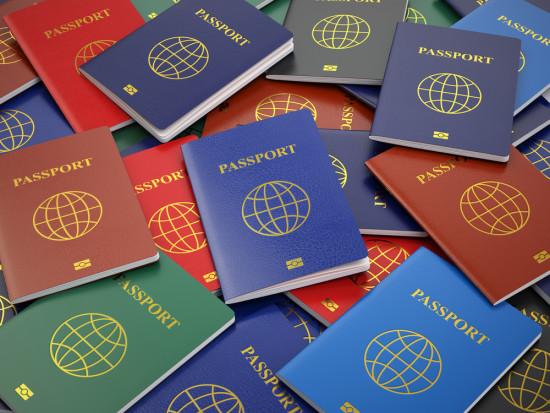 Wzrosła liczba cudzoziemców z ważnymi zezwoleniami na pobyt