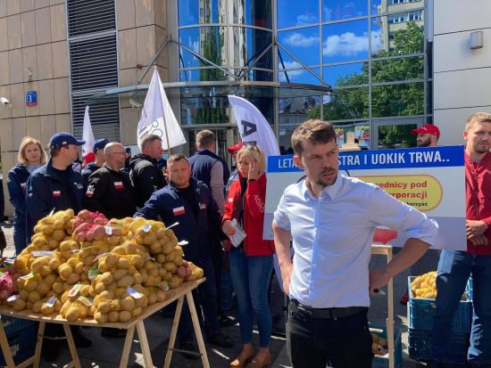 AgroUnia będzie protestować i rozdawać ziemniaki w Toruniu