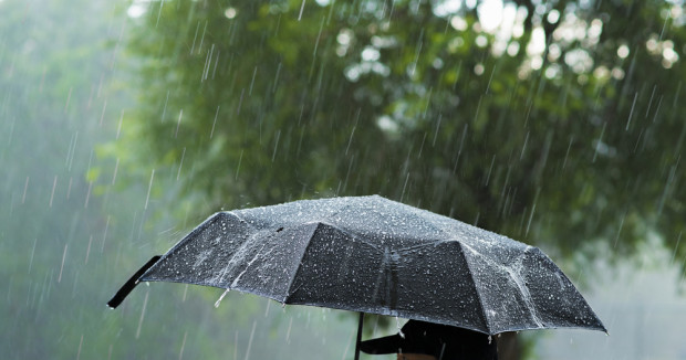 Pogoda na piątek: popołudnie deszczowe, możliwe burze