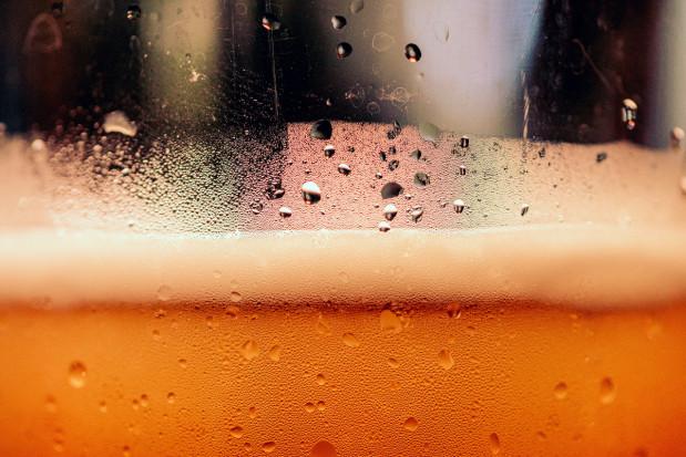 Naturalne pestycydy z odpadów z piwa i z moczu