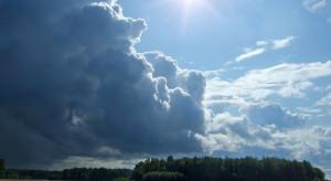 Pogoda: Temperatura do 27 st. C; możliwe przelotne deszcze i burze z gradem