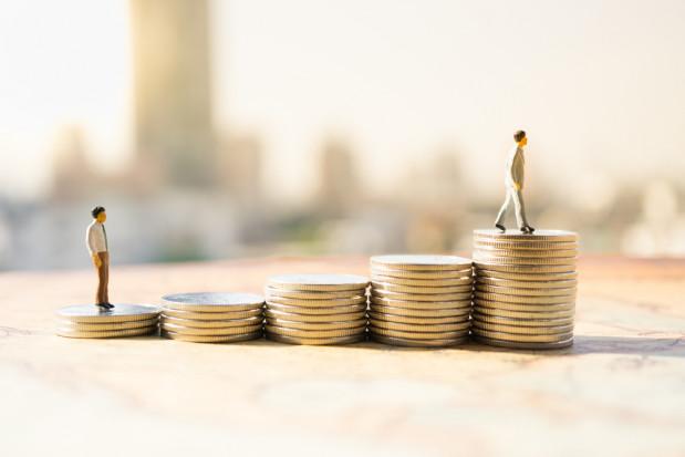Rząd zaproponował wyższe minimalne wynagrodzenie i stawkę godzinową w 2022 r.