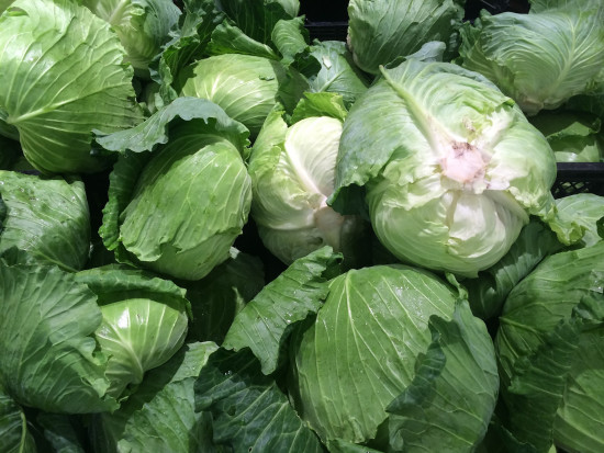 Krajowe warzywa coraz tańsze. Najwyższy spadek cen białej kapusty