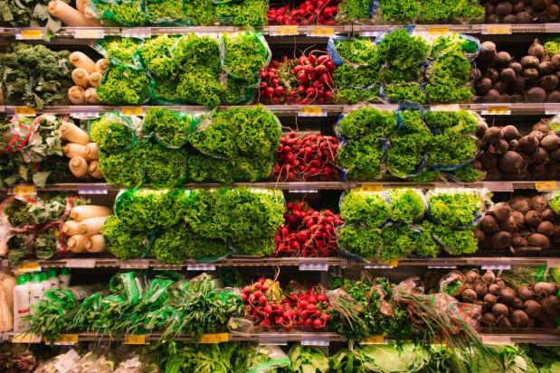 Bób, fasola szparagowa, gruszki, arbuzy - jakie ceny w Lidlu i Biedronce?