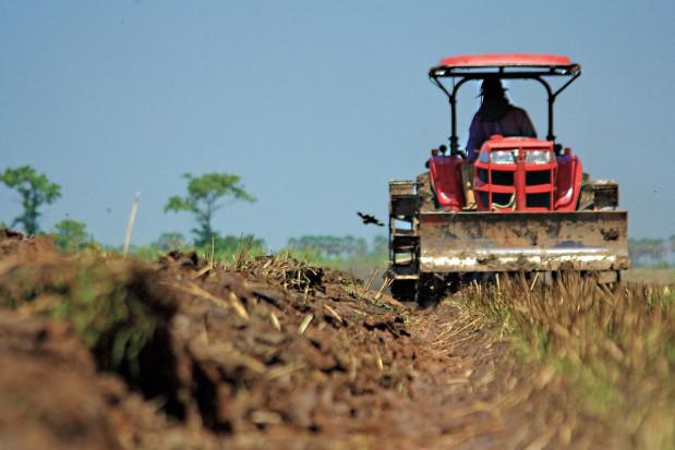 Nieuczciwe firmy pożyczkowe przeniosły się na wieś. Polują na rolników